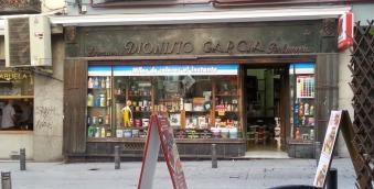 Drogeria perfumeria Dionisio Garcia - pinnoitteita joka lähtöön!