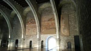 Keskiaikaisen freskon aika hyvin säilyneet jämät.