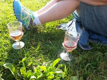 Huono rosé maistuu paremmalta, jos on kunnollinen lasinpidike.
